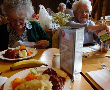 UPDATED: State suspends group senior meal programs amid coronavirus spread